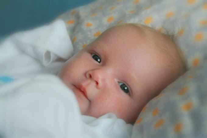Как прописать новорожденного ребенка в квартиру ключевые моменты